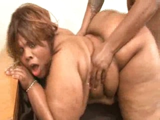 Ebon BBW gets her booty cummed