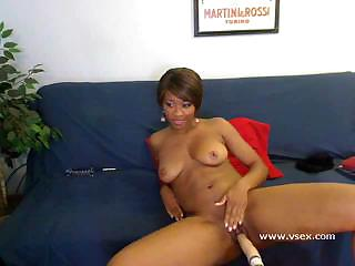 Worthwhile solo wet vagina toying from real sex machine Imani Rose