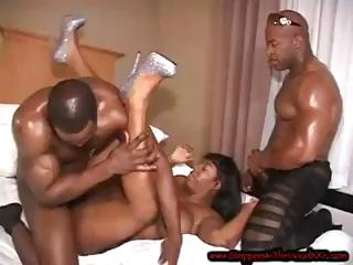 2 darksome chaps give it to this ebon beauty and pound her for a facial